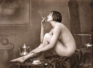 1933 erotic postcard