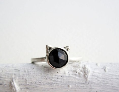 Black Cat Ring, Black Spinel and Sterling Silver, by EveryBearJewel