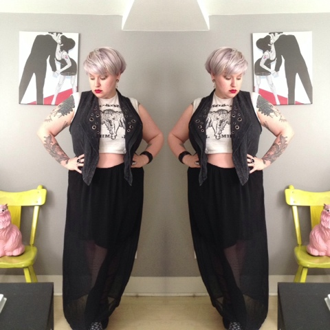 How To Wear A Plus Size Crop Top Confidently | margot meanie