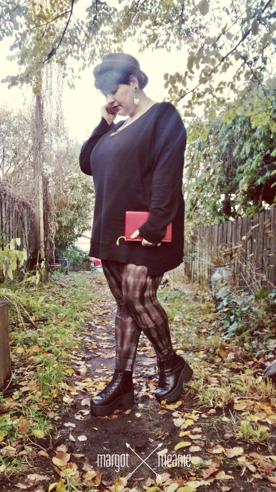 alternative plus size fashion blogger Margot Meanie is wearing the Addition Elle boyfriend sweater