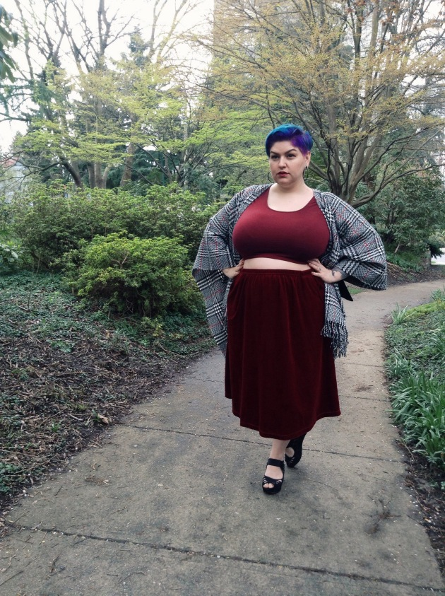 monochrome | plus size blogger margot meanie