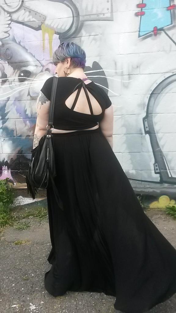 margot meanie | rebellious plus size style