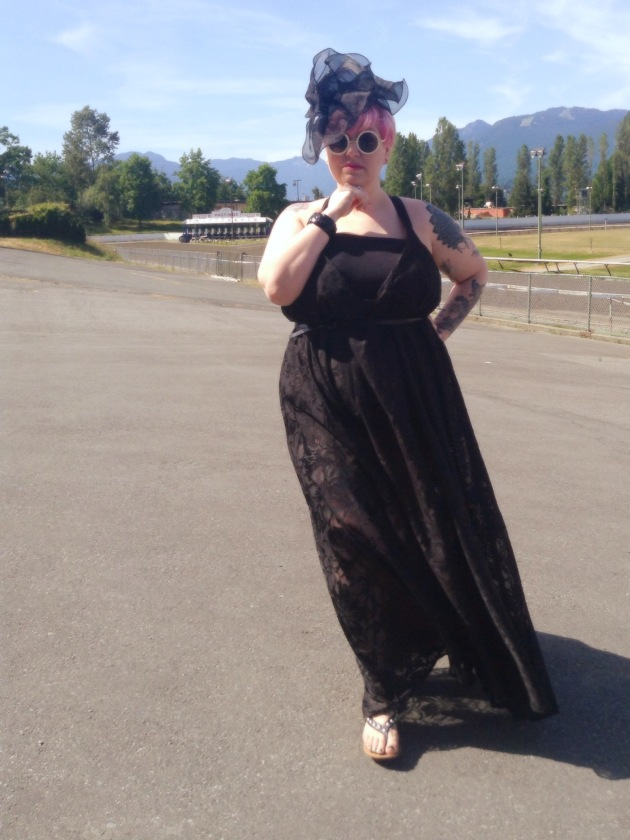 dressed for the horse track | margot meanie - rebellious plus size style