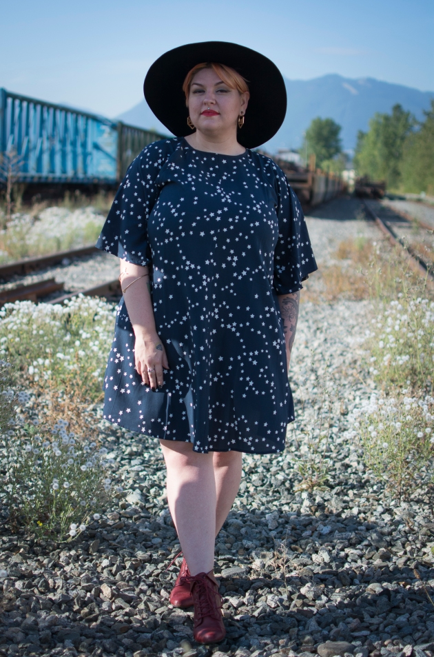 Margot Meanie | Canadian plus size blogger
